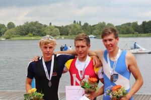 Jes Lorenzen (li) neben Moritz Moos (Mainz)(Mitte) und Daniel Wagner (Wetzlar) re.